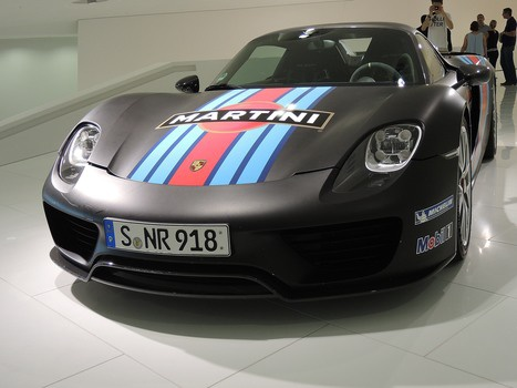 Free stock photo of porsche, museum, martini, sponsor