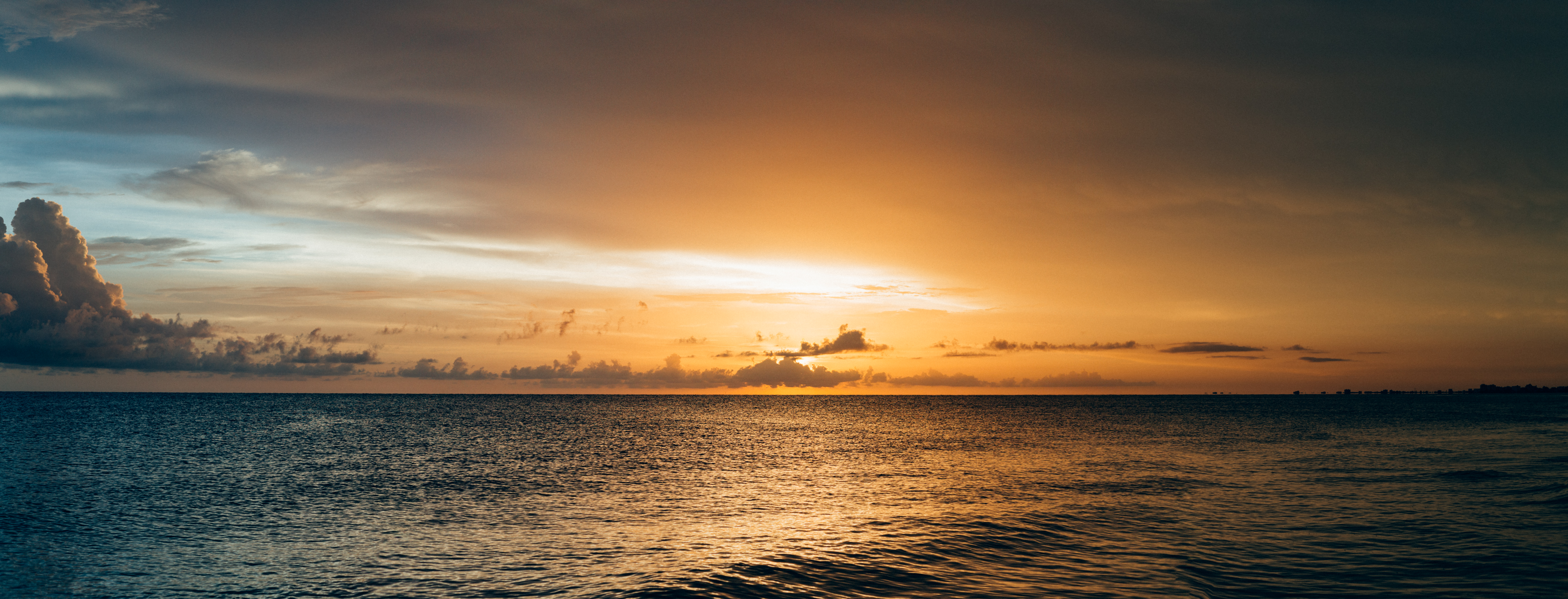 Scenery of sea water during sunset free stock photo for Ocean images