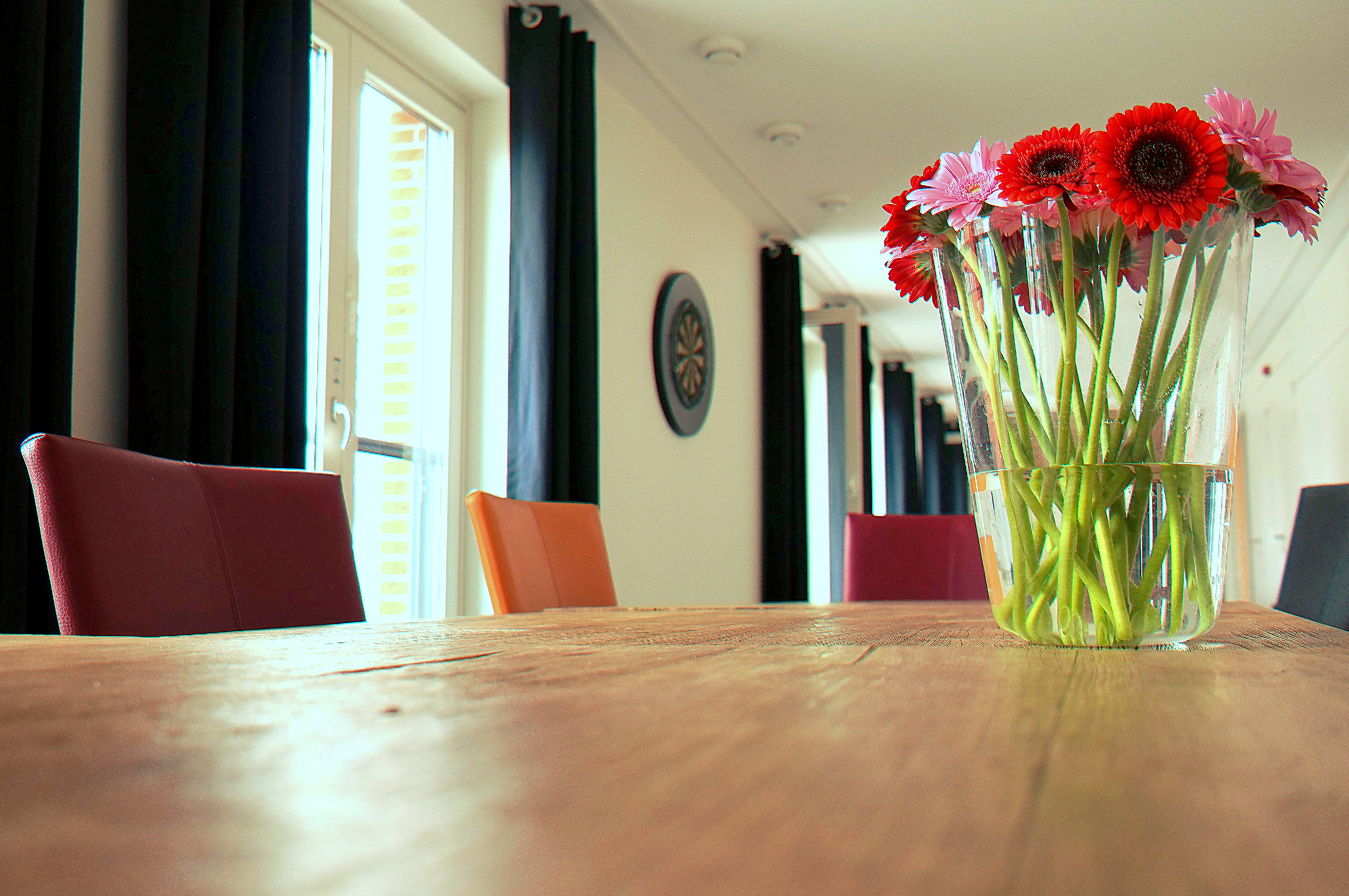 Free stock photos of flower vase pexels free stock photo of wood flowers house table reviewsmspy