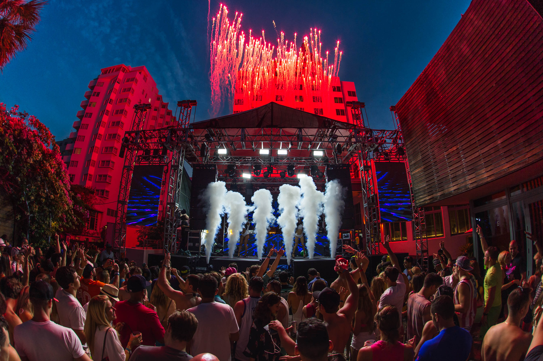 Шоу фестиваль