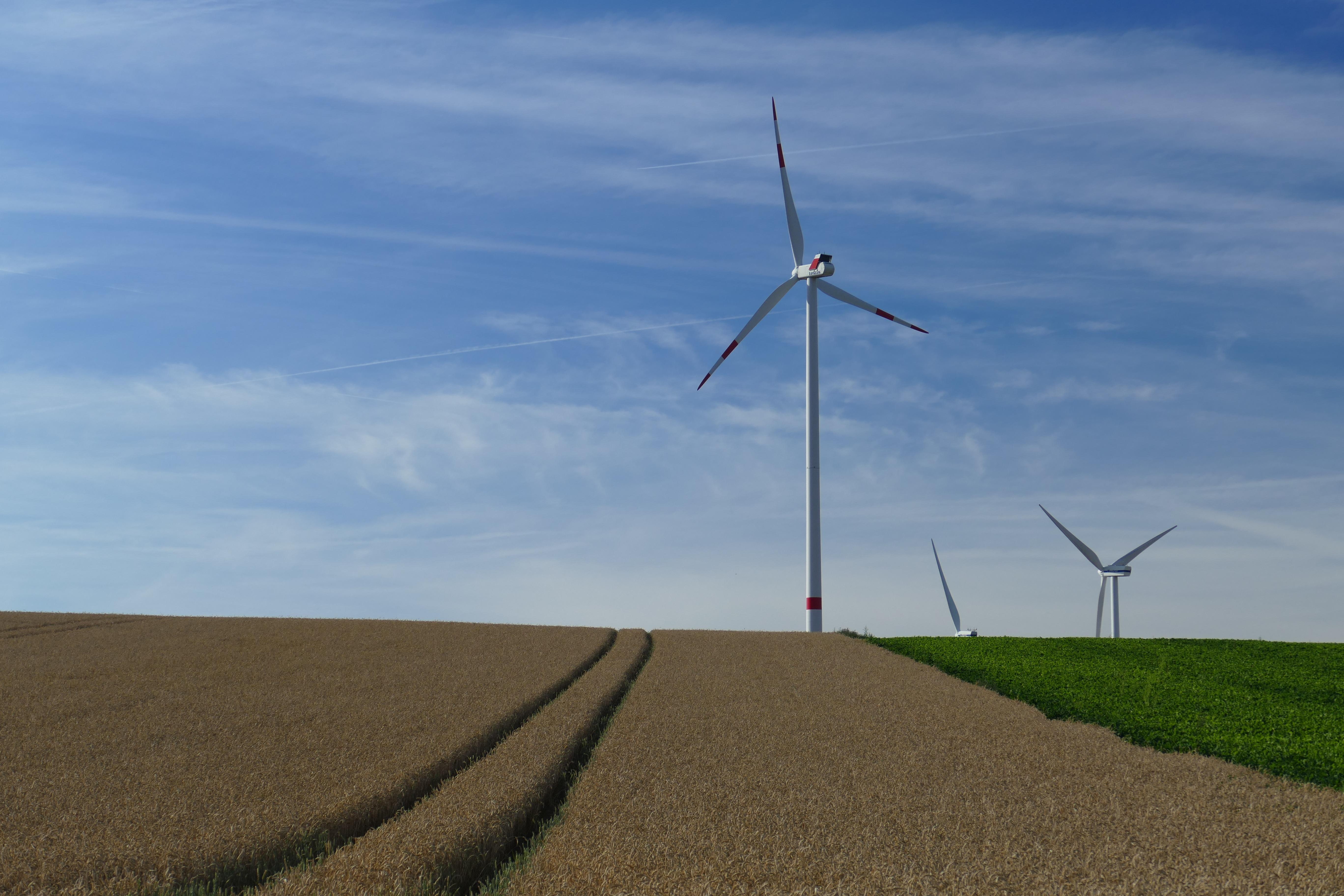 https://static.pexels.com/photos/158142/nature-vision-wind-turbines-rotors-158142.jpeg