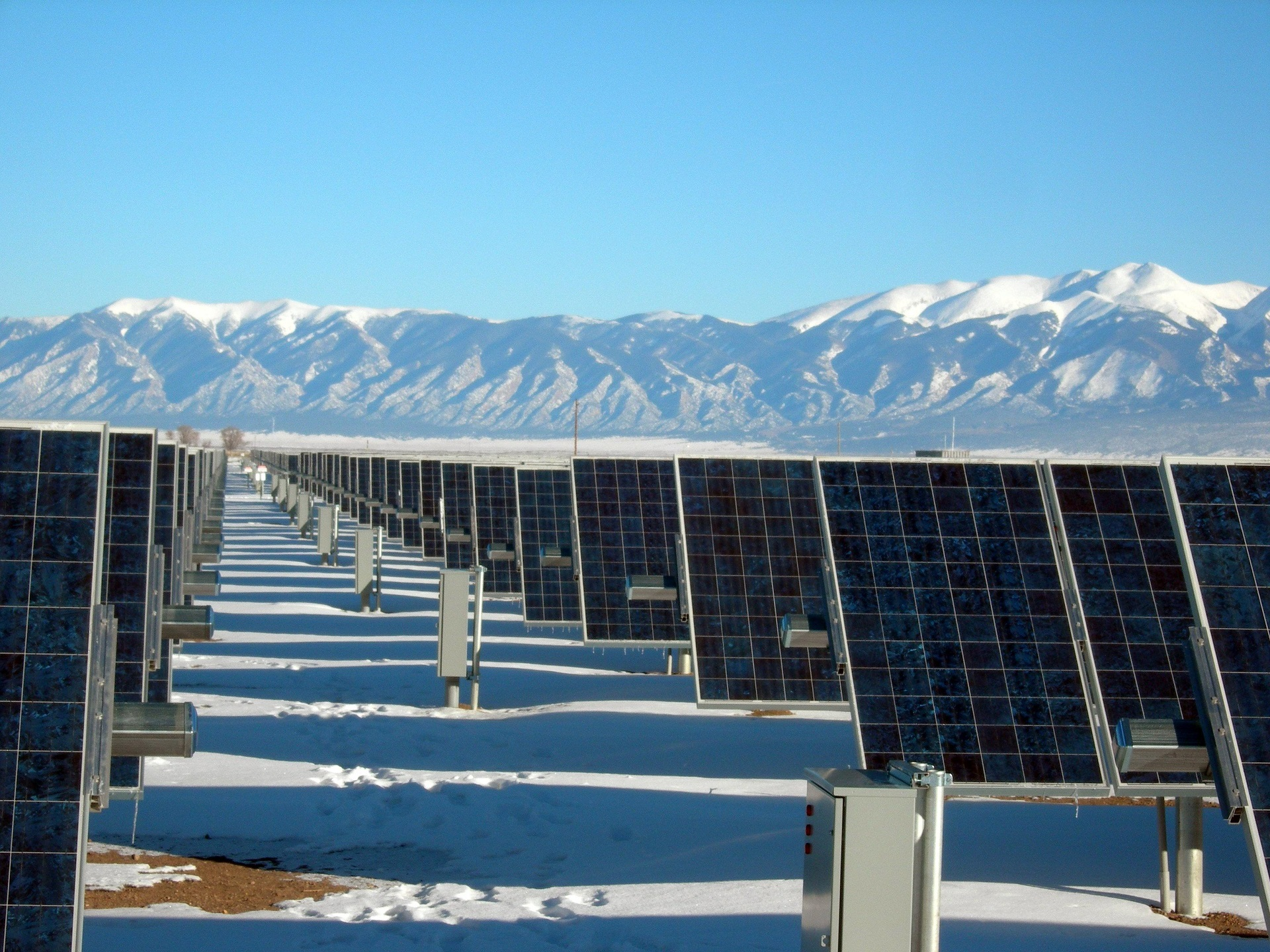 solar-panel-array-power-plant-electricit