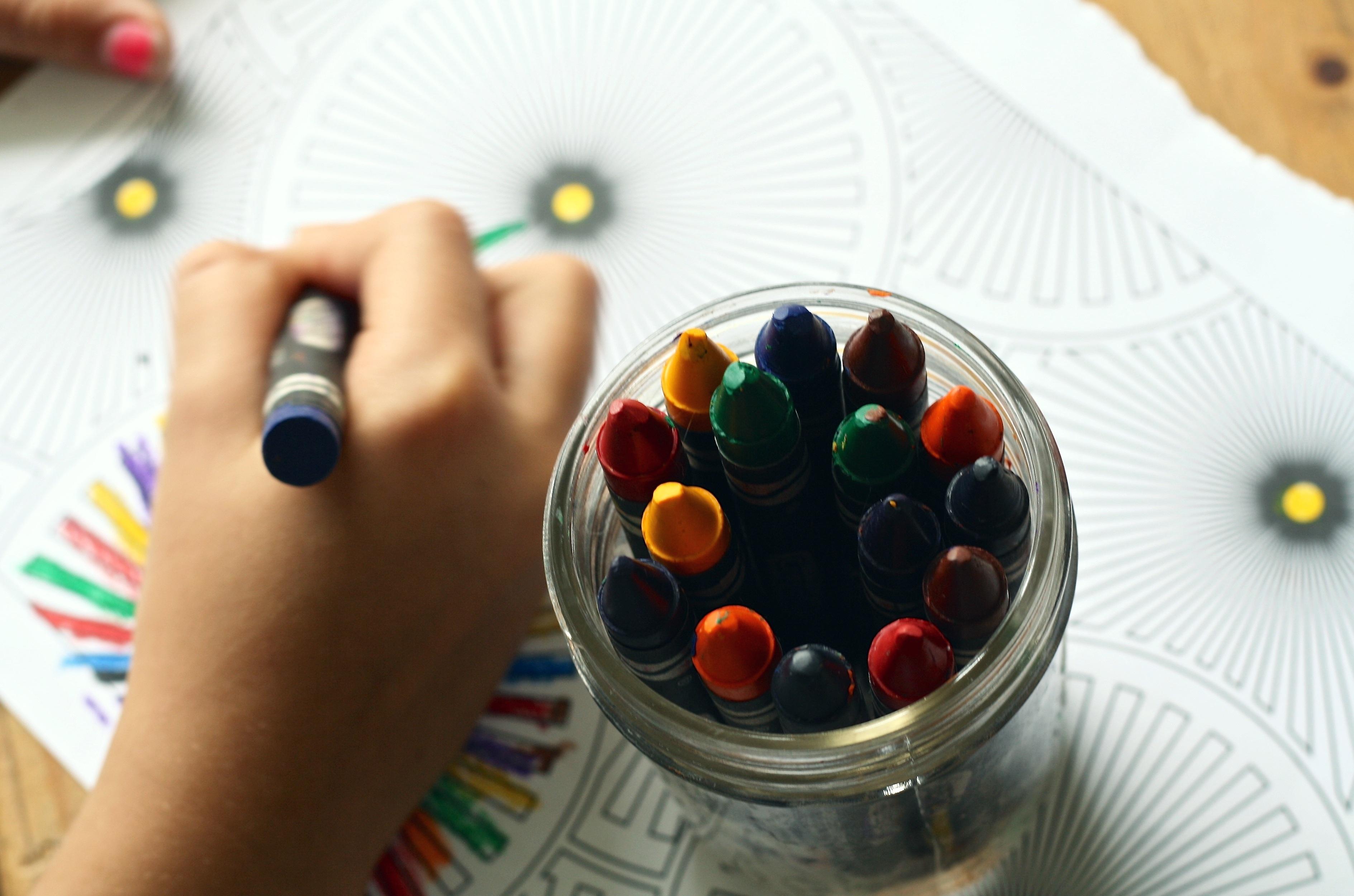 crayons-coloring-book-coloring-book-159579.jpeg (3777×2499)