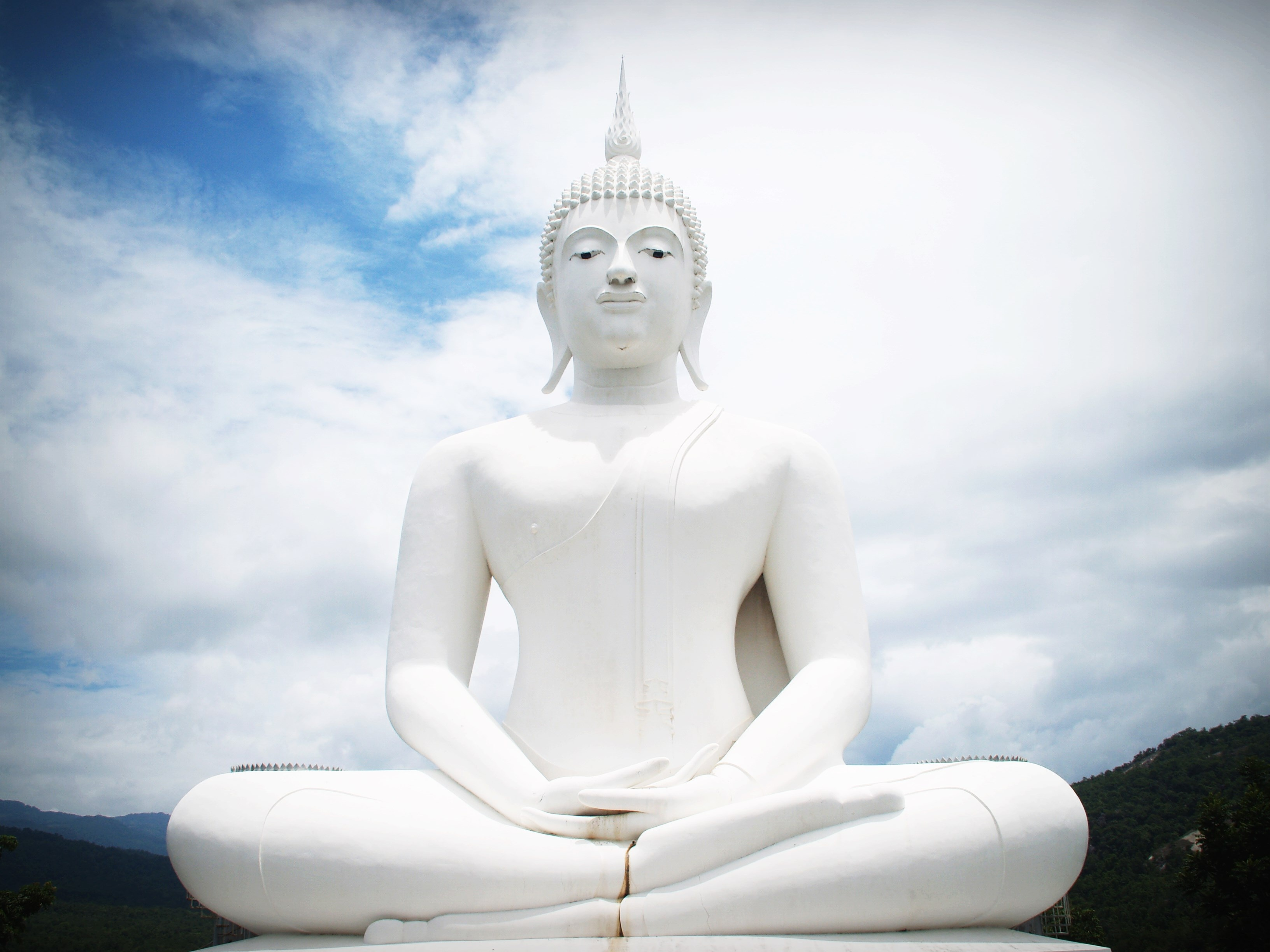 white concrete buddha statue free stock photo. Black Bedroom Furniture Sets. Home Design Ideas