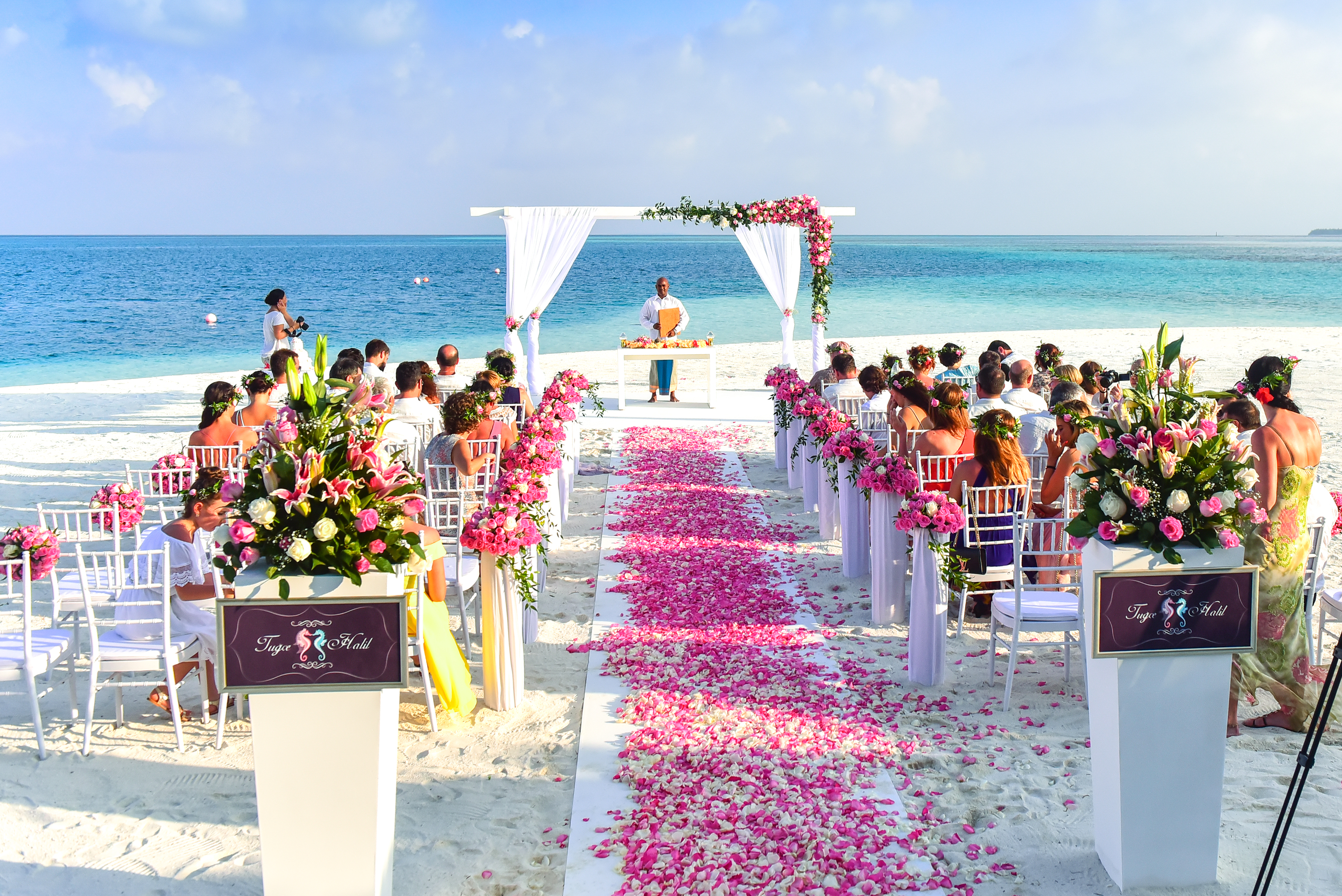 Beach wedding ceremony during daytime free stock photo free download junglespirit Image collections