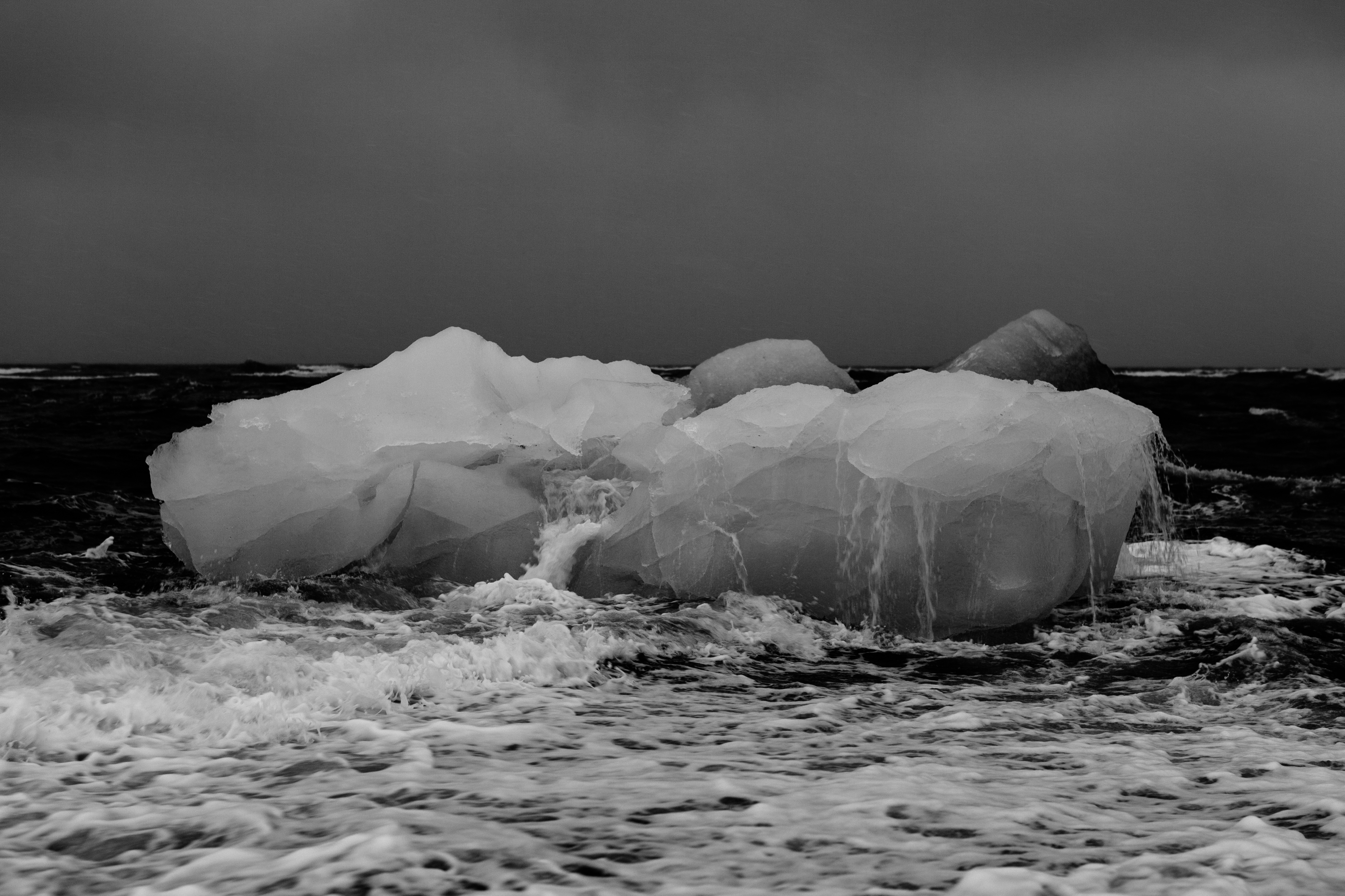 Iceberg blanco y negro