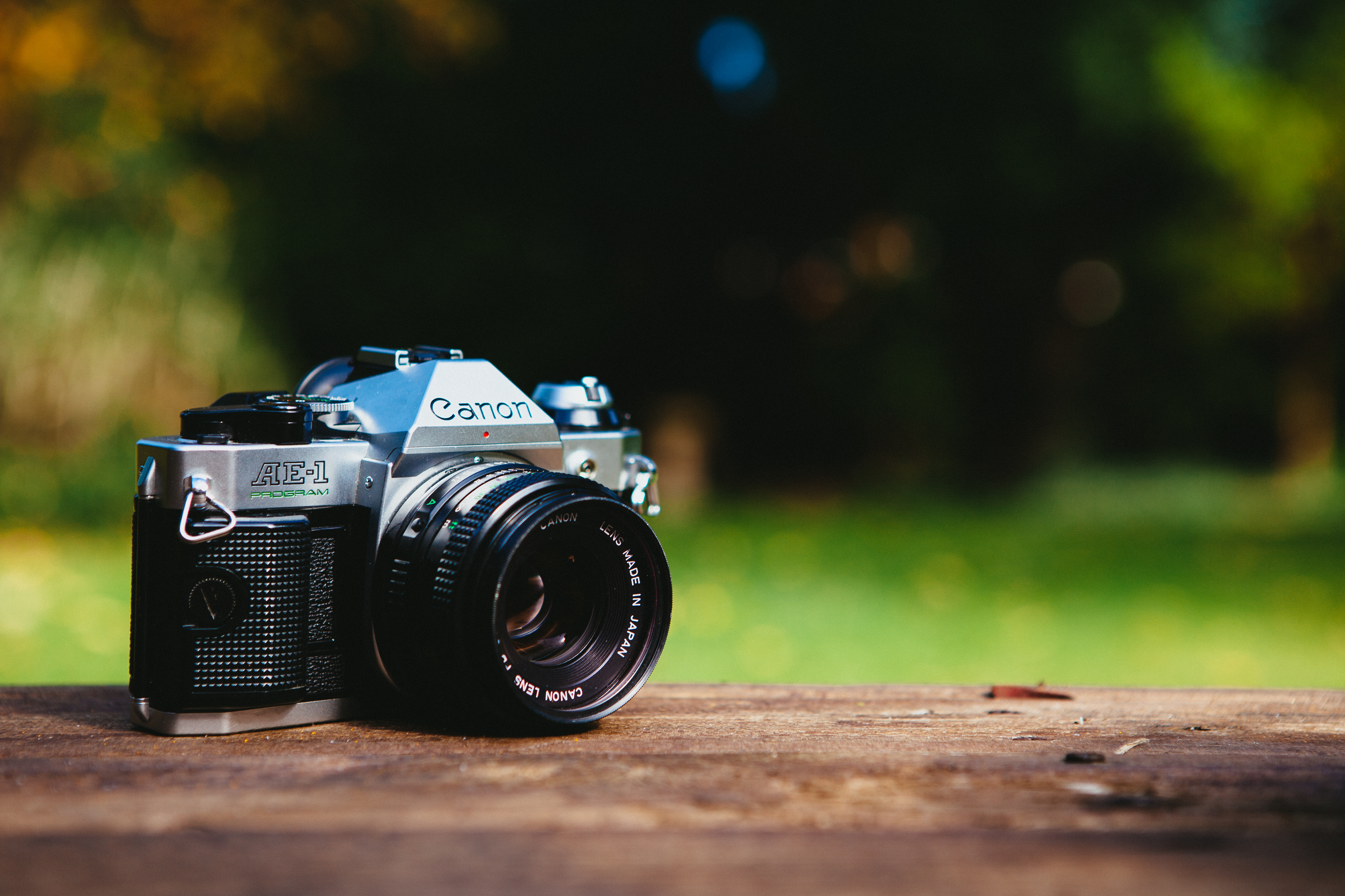 Access all Pexels photos directly on your desktop. Buy the App →: https://www.pexels.com/photo/nature-photography-analog-camera-canon...