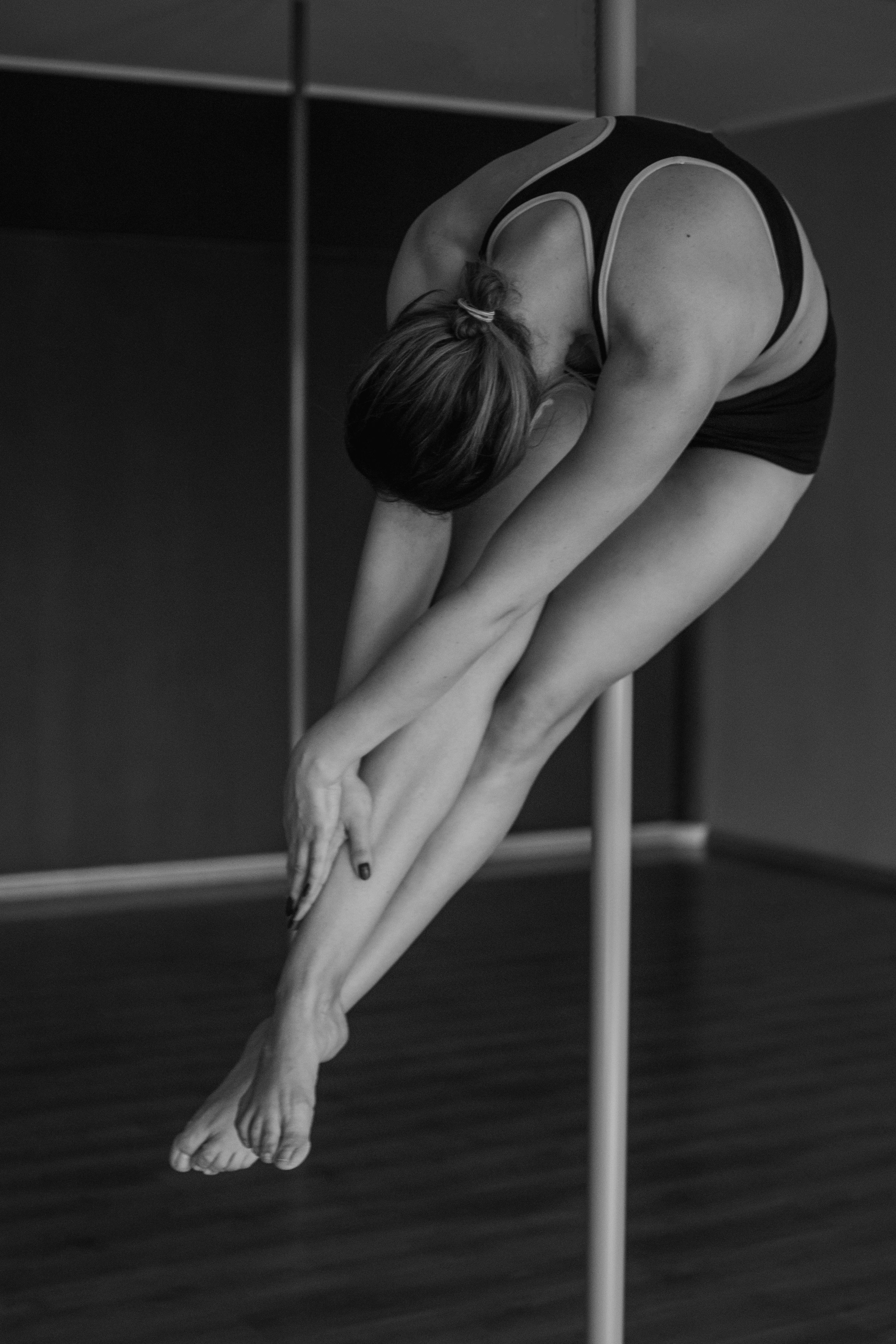 dancers Nude white pole black and