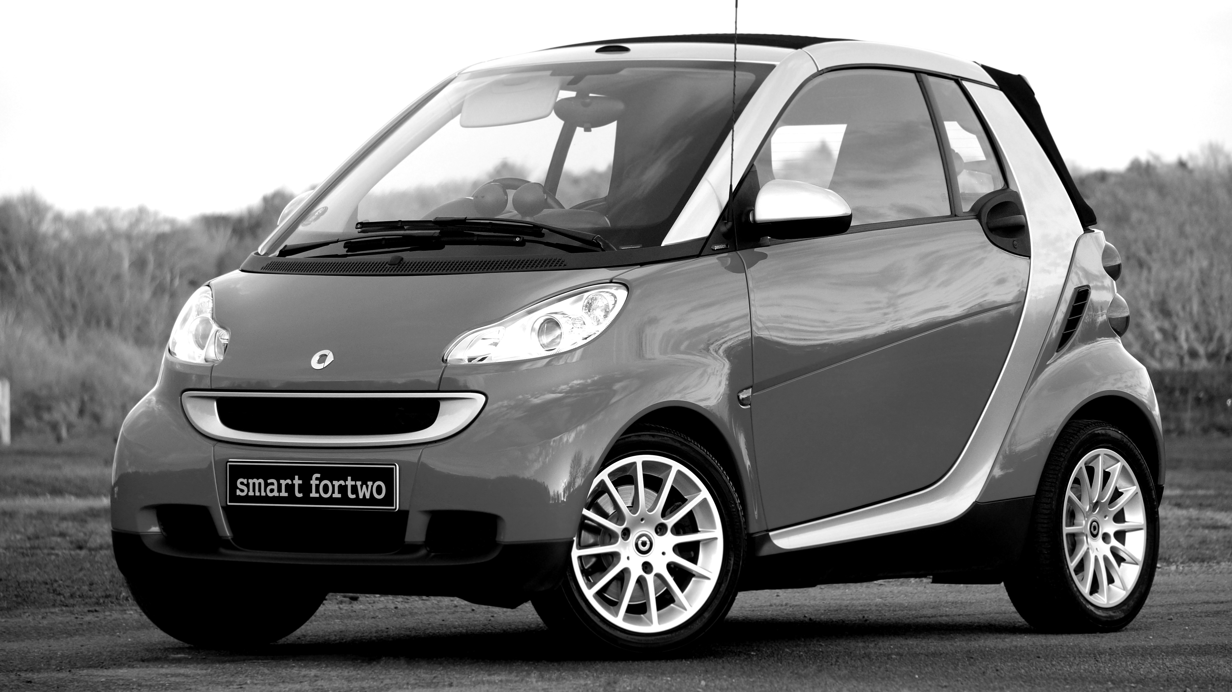grayscale photo of smart fortwo free stock photo. Black Bedroom Furniture Sets. Home Design Ideas