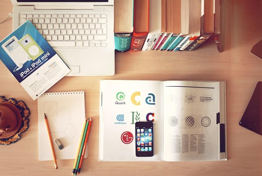 apple, iphone, books