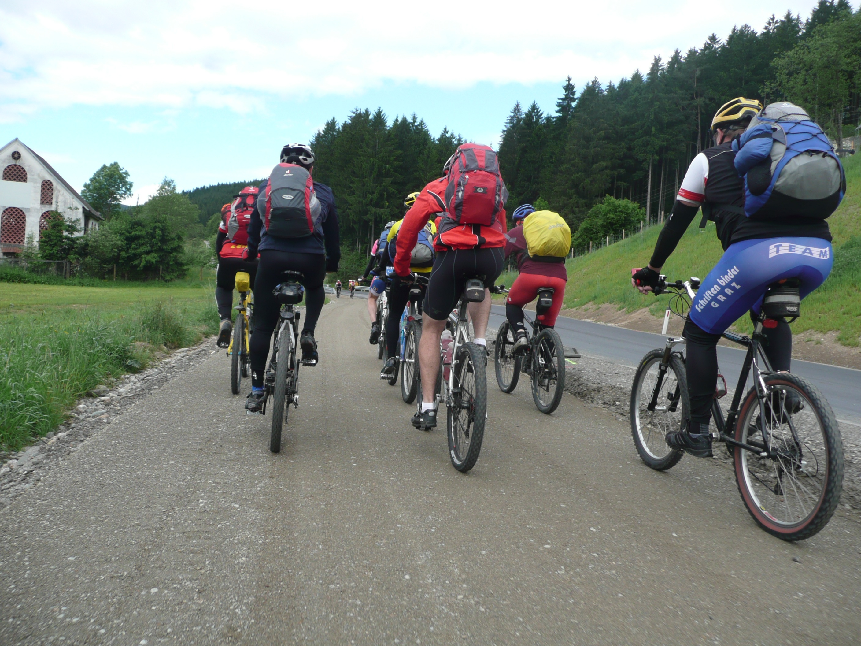 Group cycling bike achieve