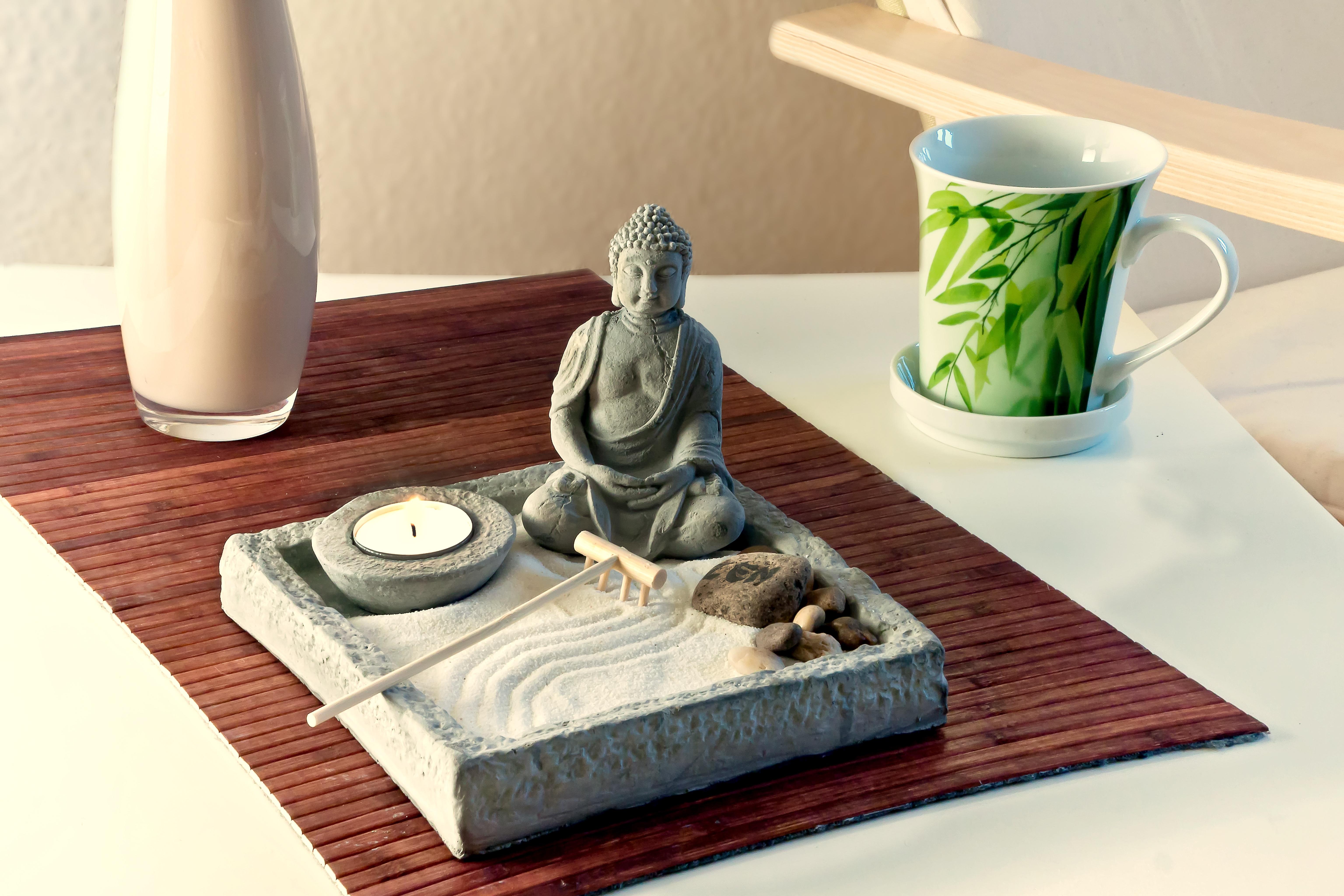 jardin zen japonais miniature intrieur mini jardin zen couleurs jardin pinterest minis creer un jardin - Creer Un Jardin Japonais Miniature