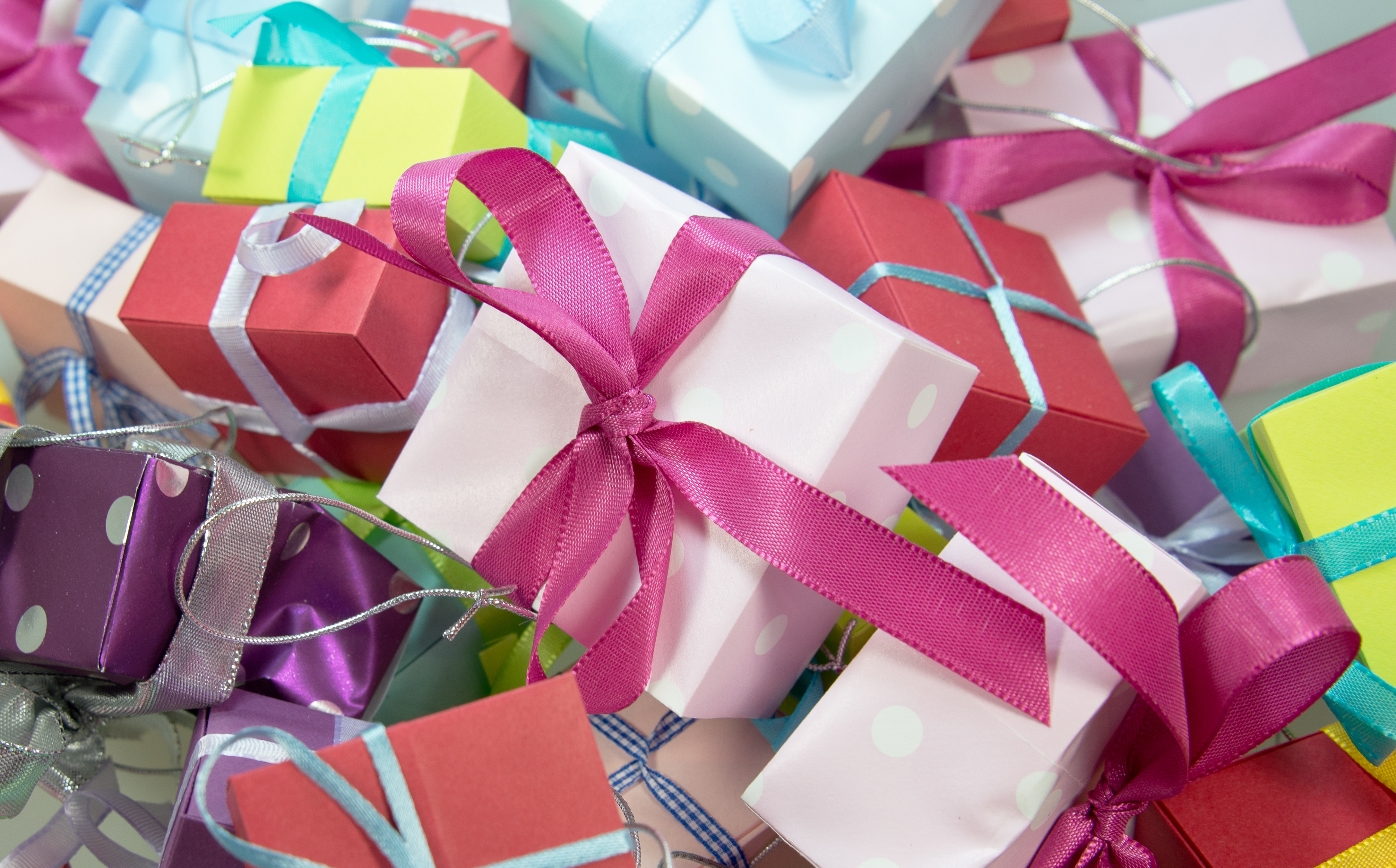 Free stock photos of gift wrap paper pexels negle Images