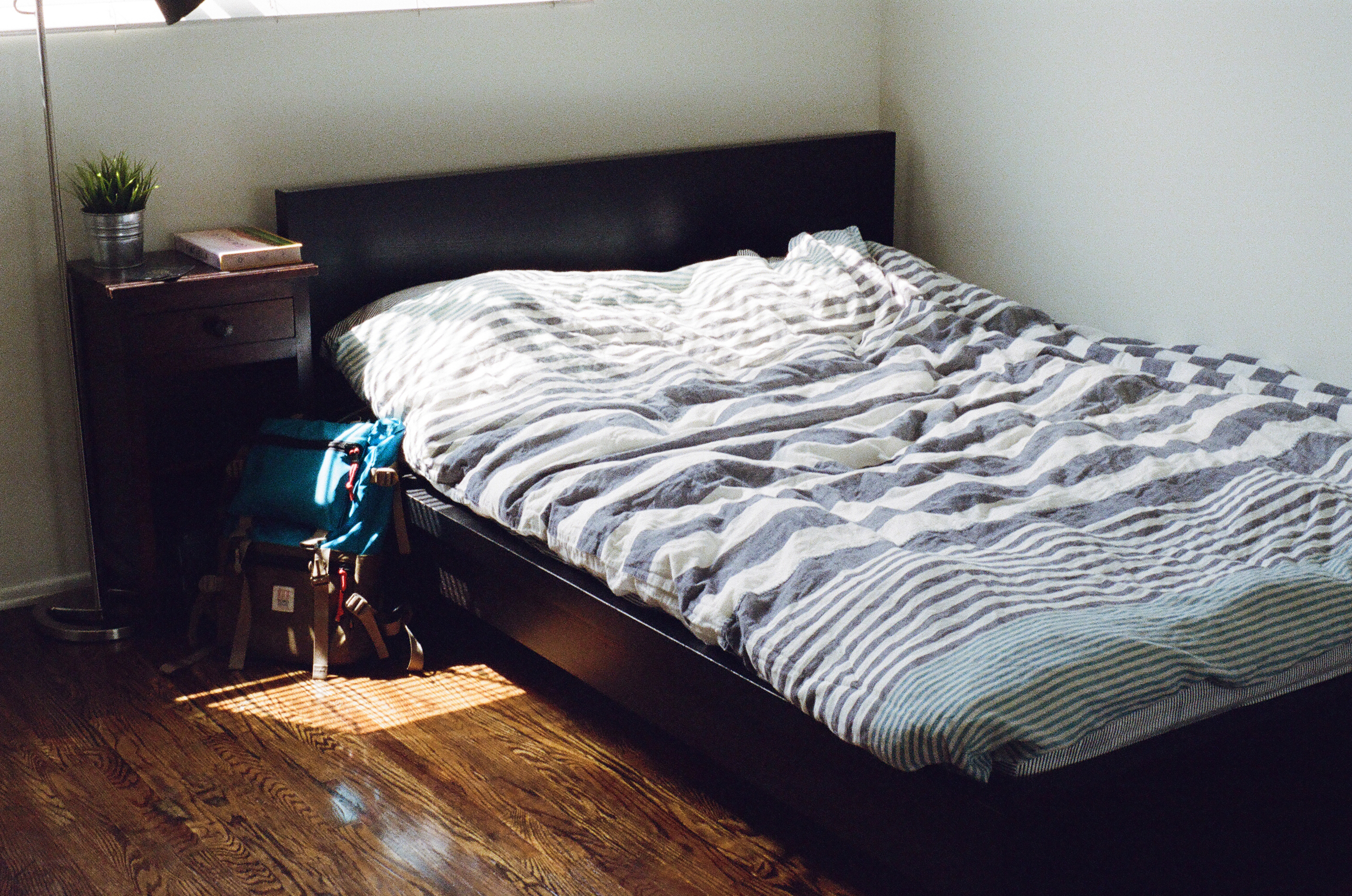 bed   bed  bedroom. Free stock photo of bed  bedroom  furniture