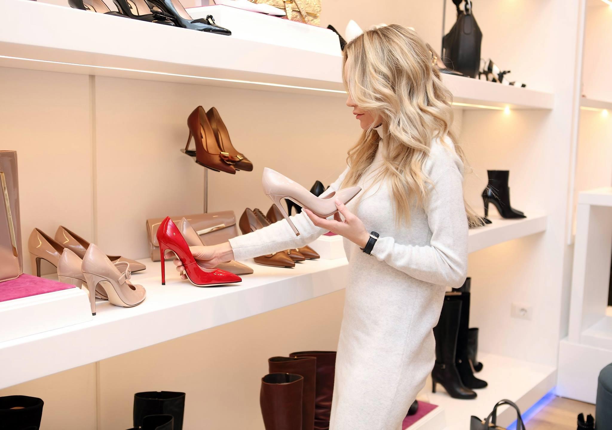 Tips cara : membeli sepatu