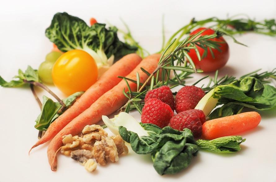 zdrowe jedzenie, warzywa, bycie fit