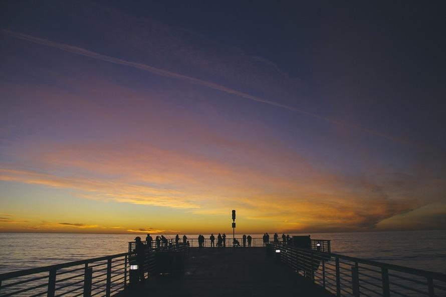 jetty dawn sunset holiday large Почему Вам нужно переехать хотя бы один раз в жизни
