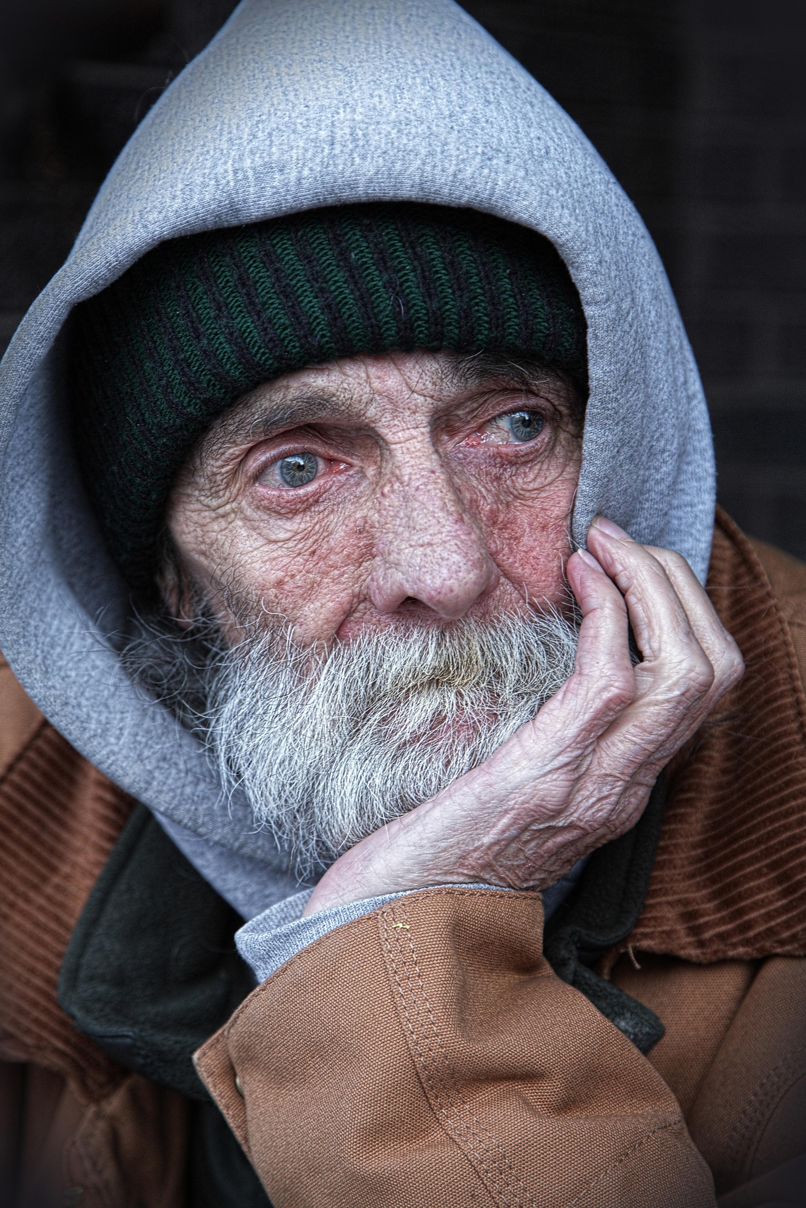 people-peoples-homeless-male.jpg (2827×4240)