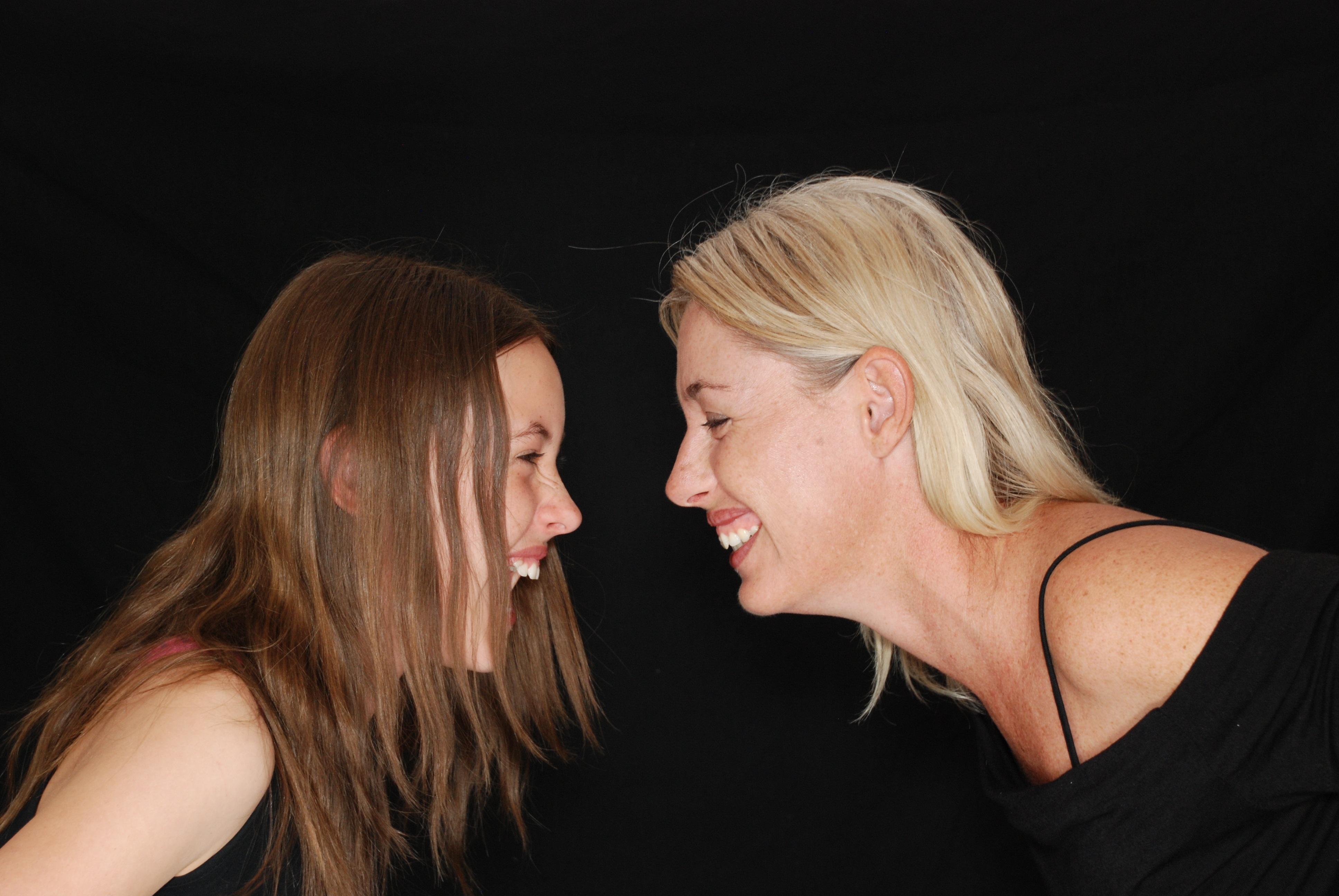 laughter-laugh-fun-mom.jpg (3872×2592)