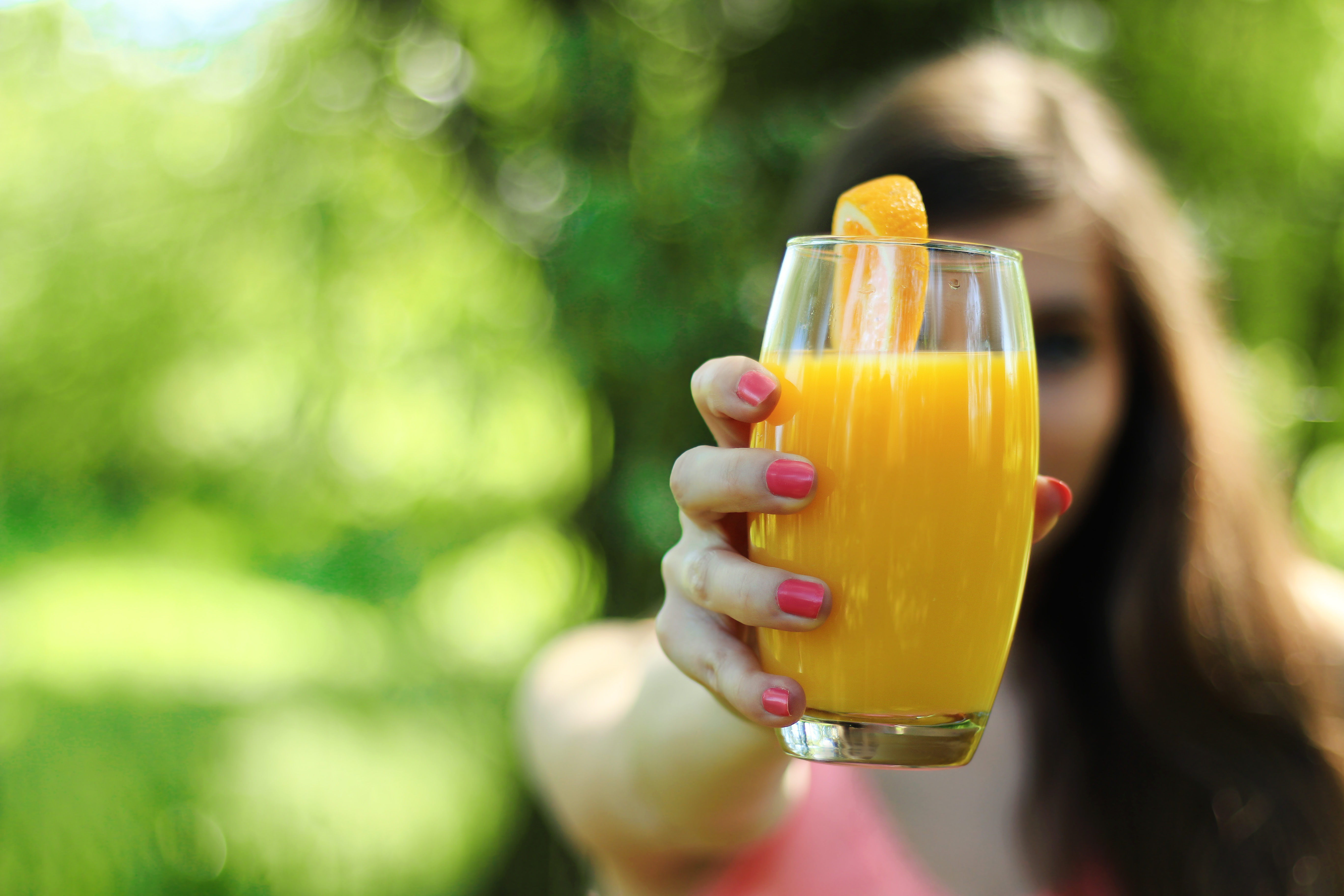 girl-morning-breakfast-orange-juice.jpg (5472×3648)