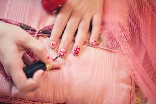 Free stock photo of beauty, hearts, valentine, painting fingernails