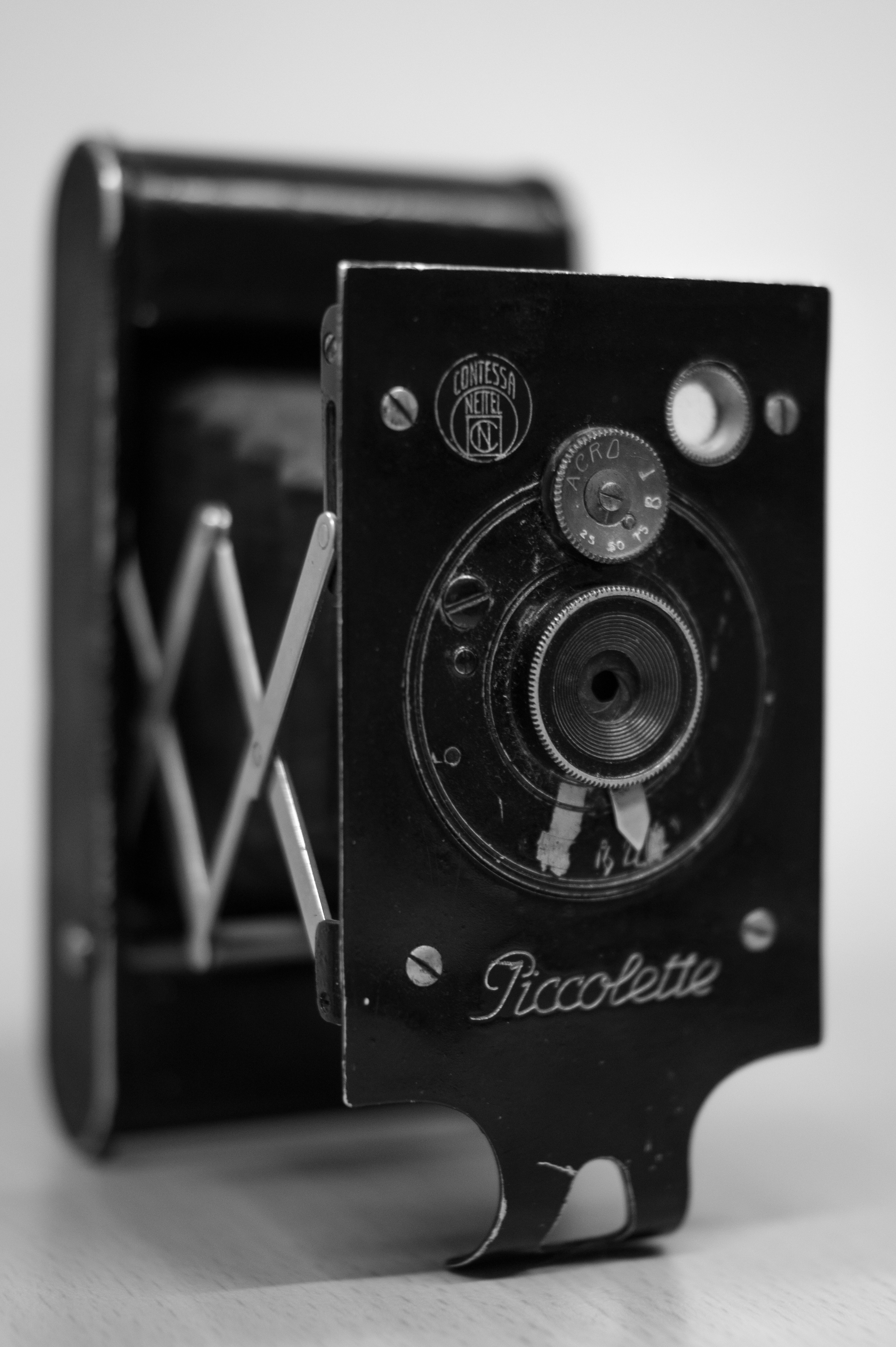 Free stock photo of black-and-white, camera, classic