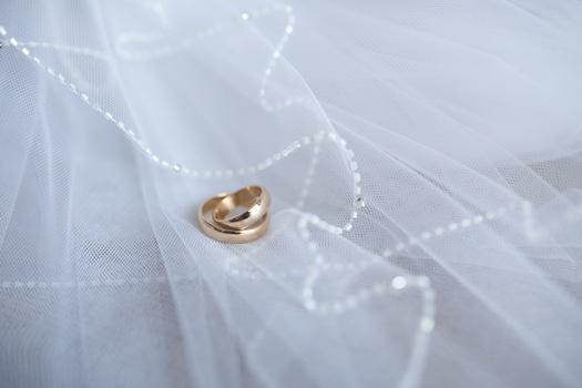 聖典から見る結婚生活に必要な8つのヒント