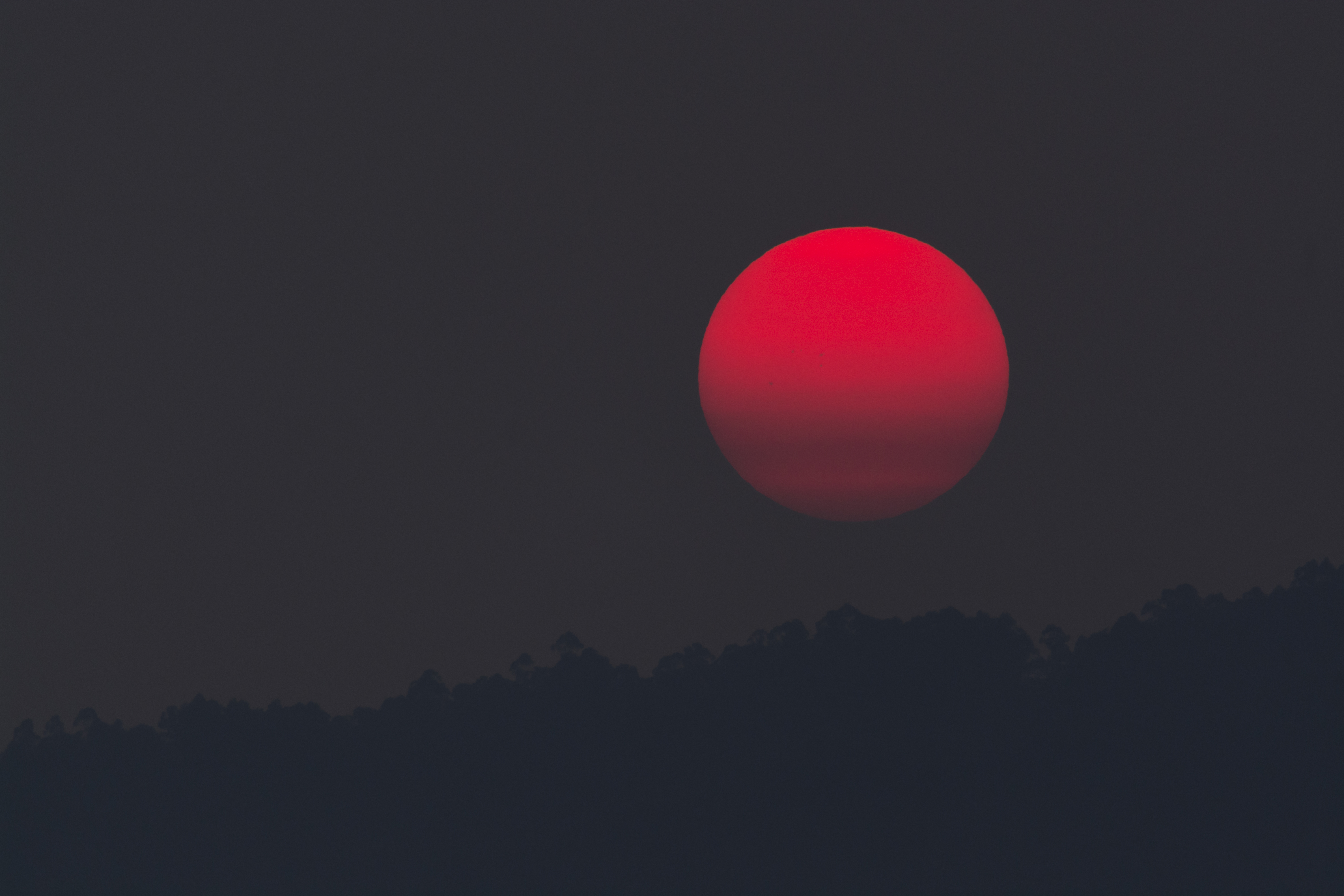 red moon images - photo #46