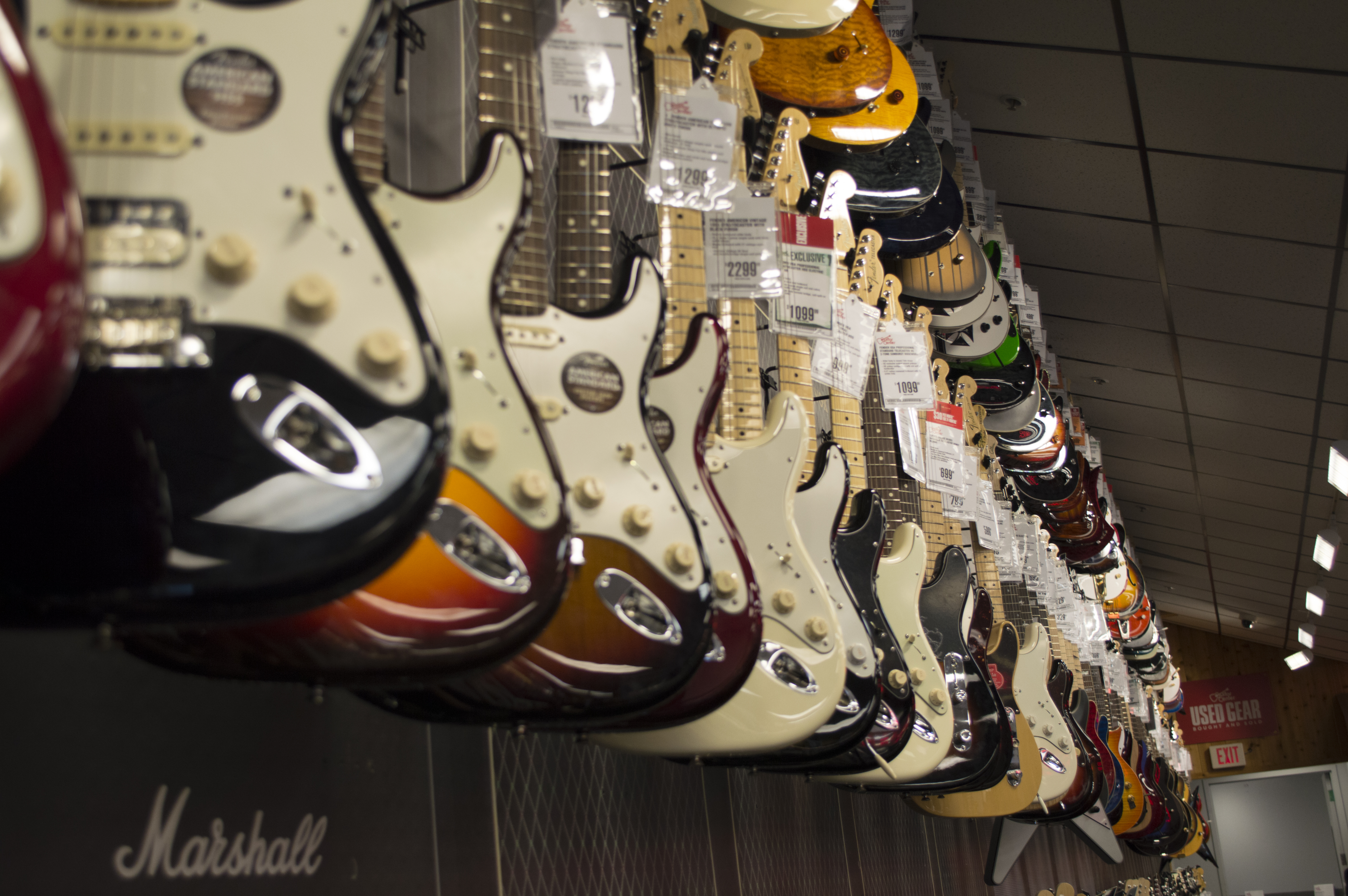 The Feedback Your Guitar Questions Answered Guitar Tricks Blog