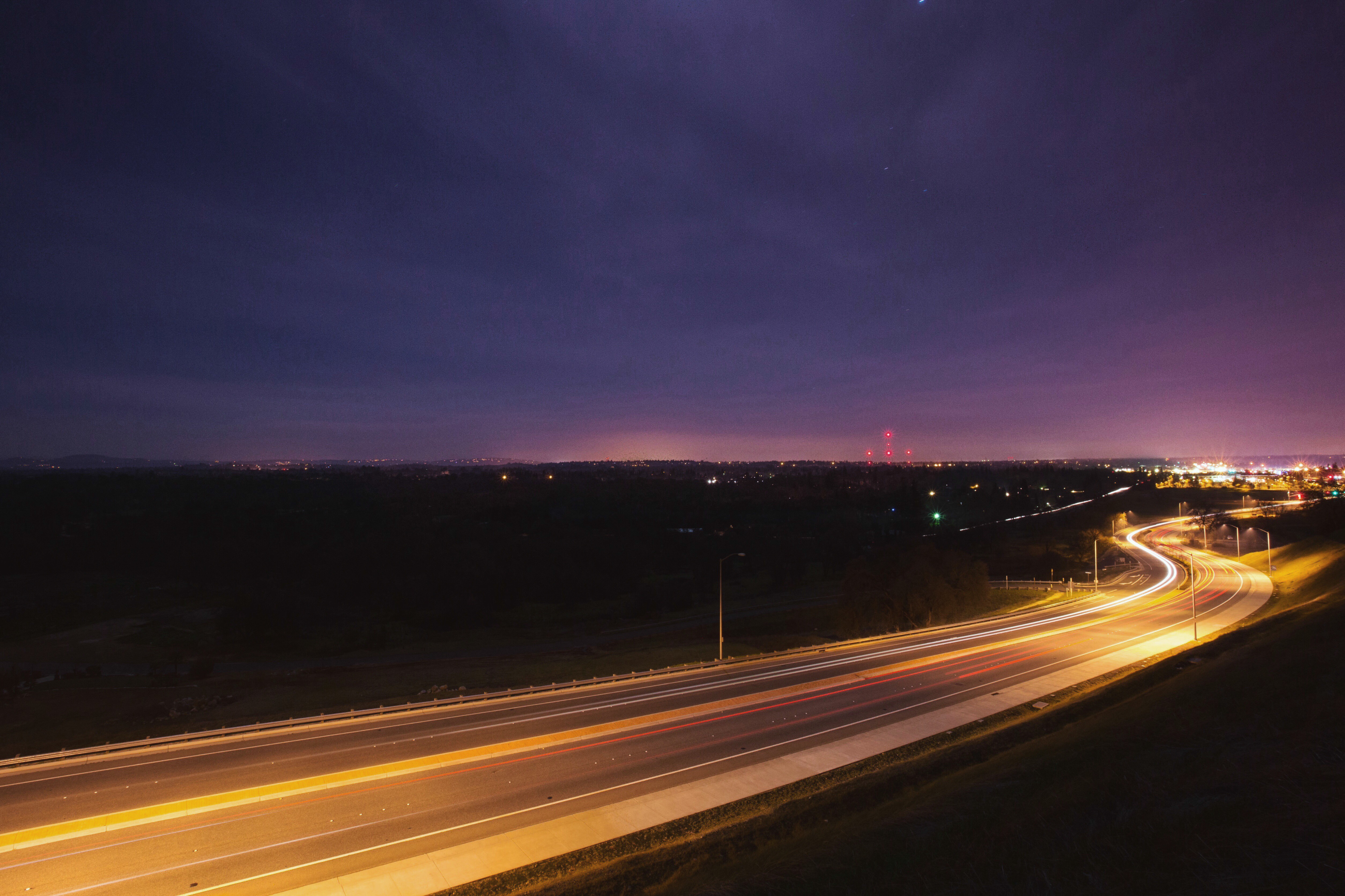 how to take photos of speeding cars ligths