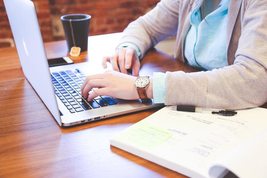 ビジネス実務法務検定の難易度と合格率・独学の勉強方法・勉強時間