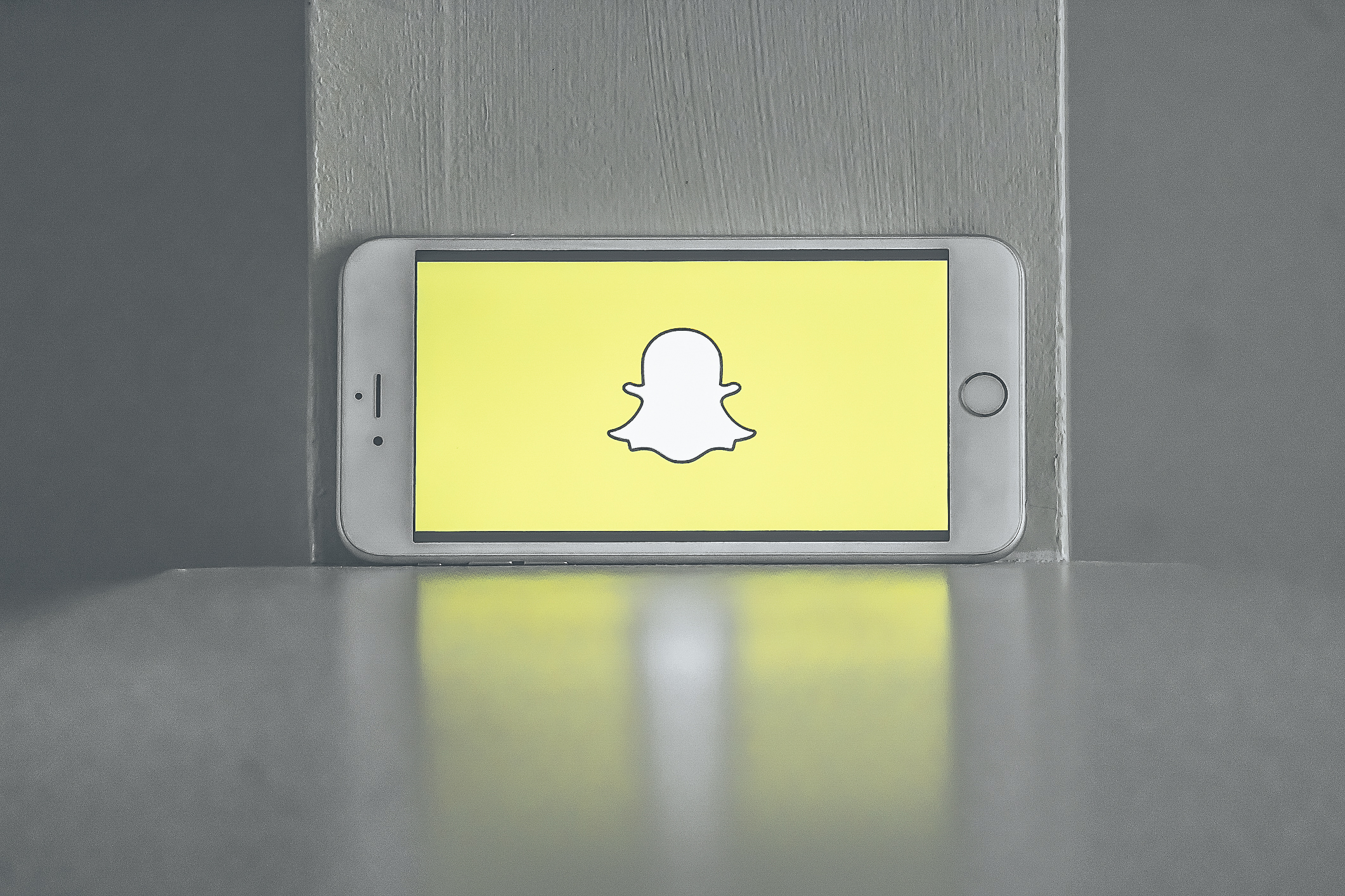 Picture of Snapchat on iPhone
