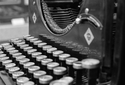 Free stock photo of black-and-white, writing, vintage, keyboard