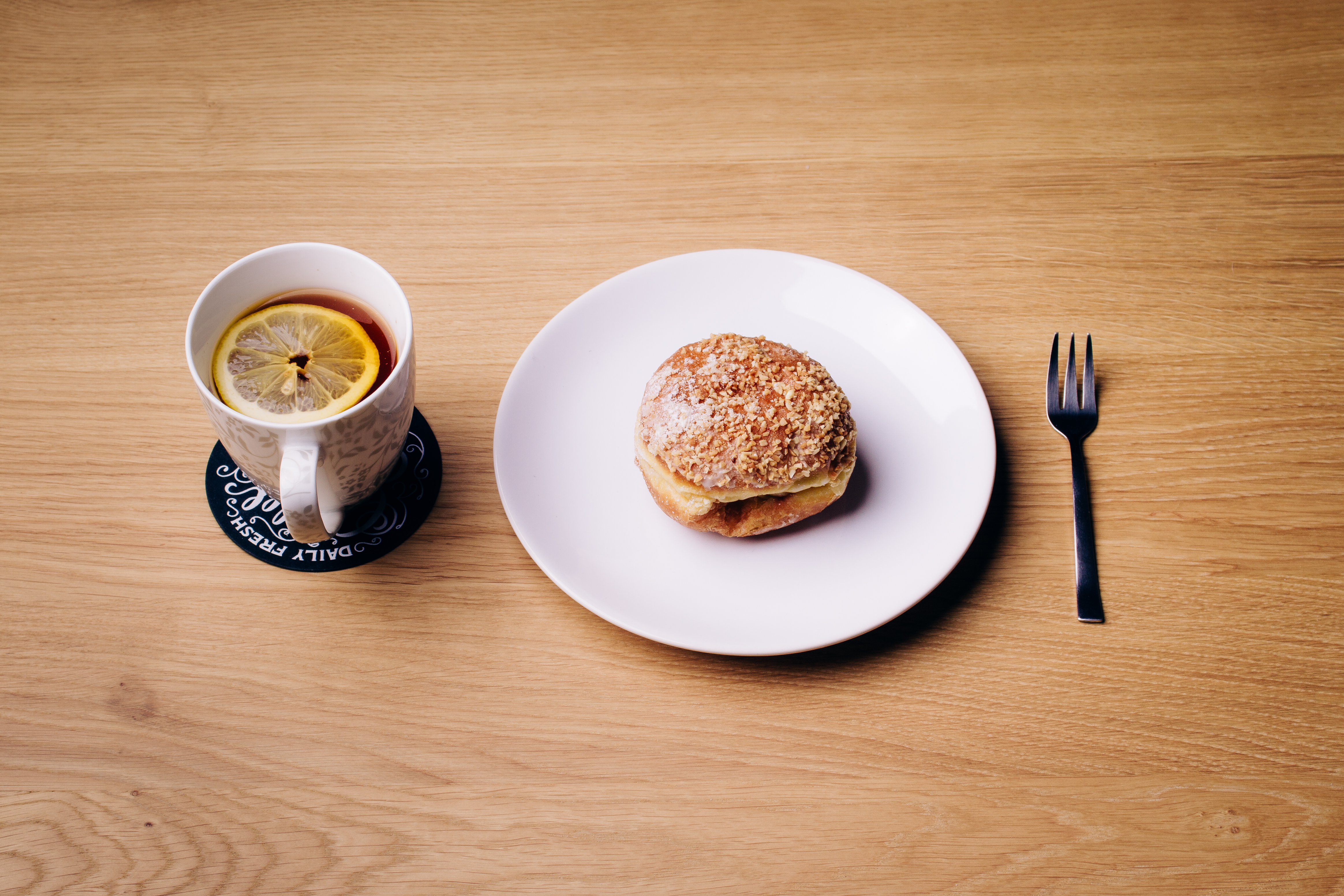 Wooden Food Table ~ Free stock photo of beverage burger cup