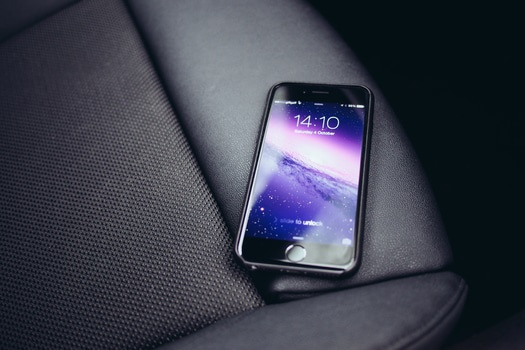 Free stock photo of apple, smartphone, technology, time