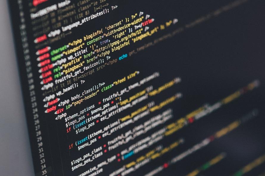 東京で評判の良いプログラミングスクールの紹介|料金/場所/開発言語