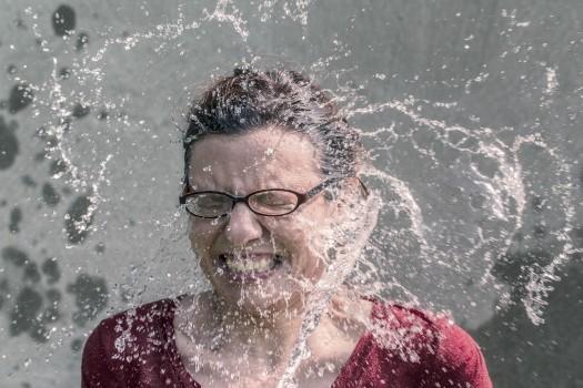 Als Ice Bucket Challenge, Awareness, Cold, Donations